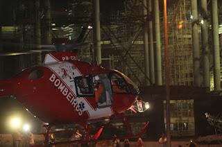 Acidente no Estádio Nacional de Brasília - Helicóptero dos Bombeiros leva vítima para o Hospital de Base