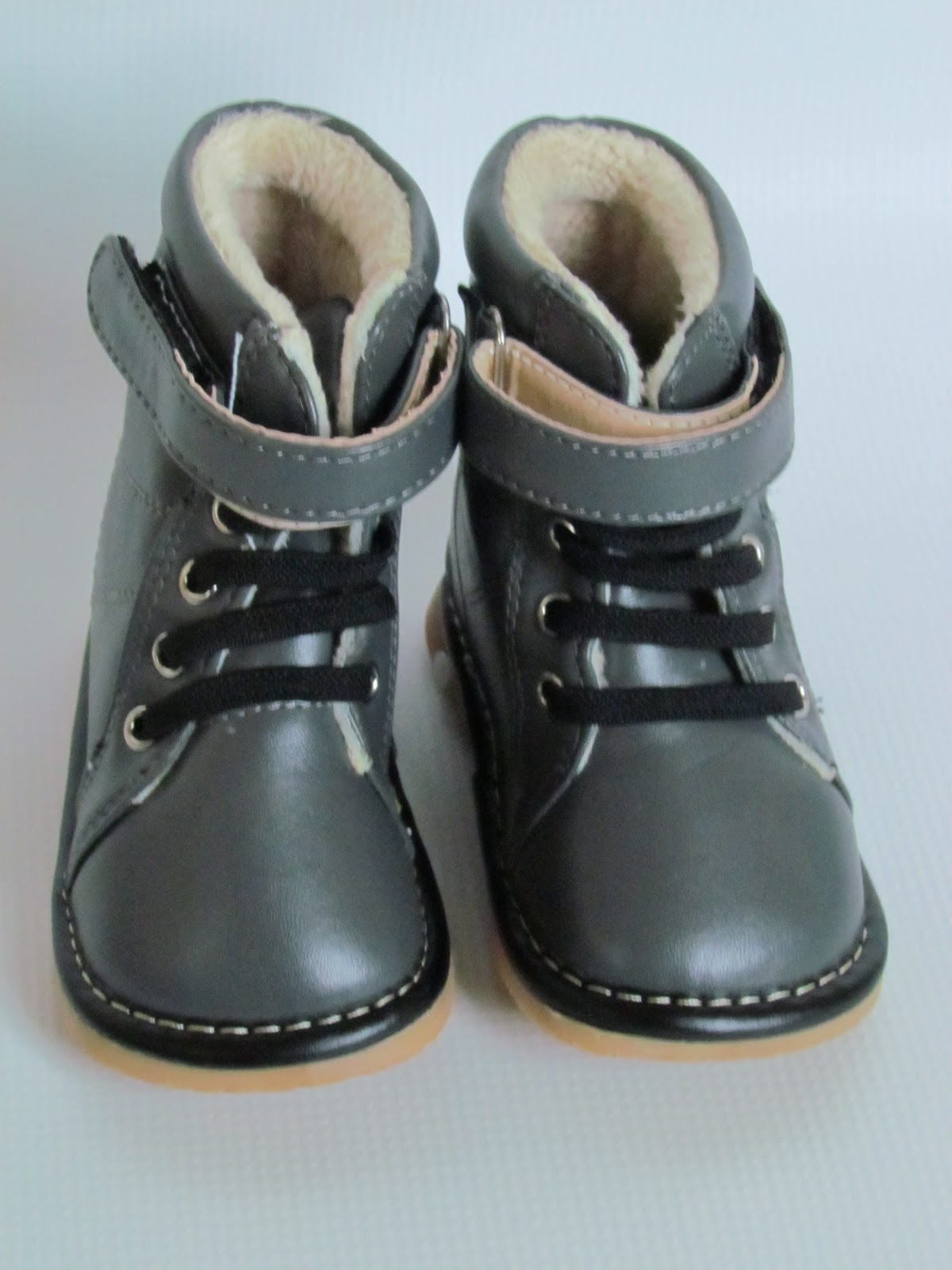 squeaky shoes for tiny tots squeaky winter boots