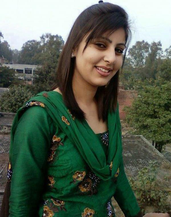 pakistani girl: simple girls photo