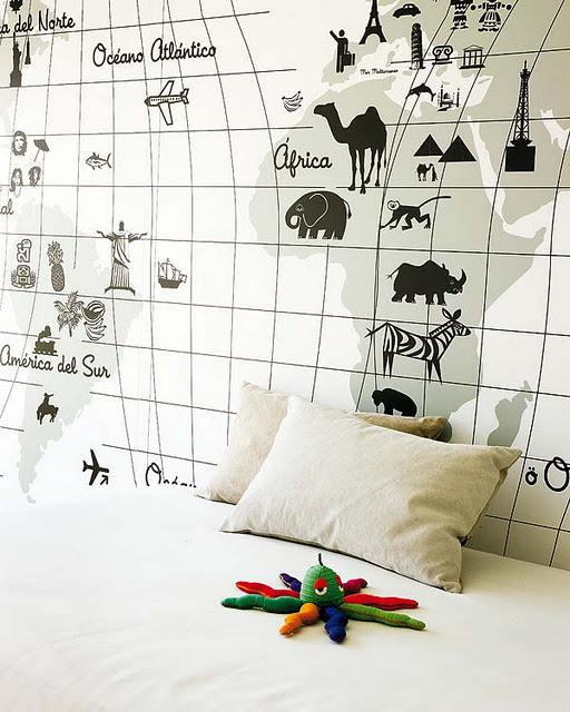 Living in designland mural mapa mundi infantil for Papel pintado mapamundi