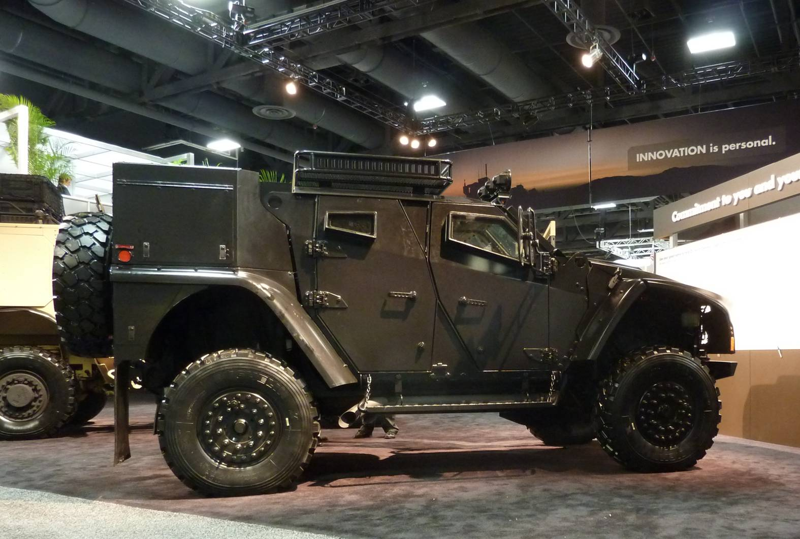 Pix : Oshkosh Light Combat Tactical All Terrain Vehicle - Asian ...