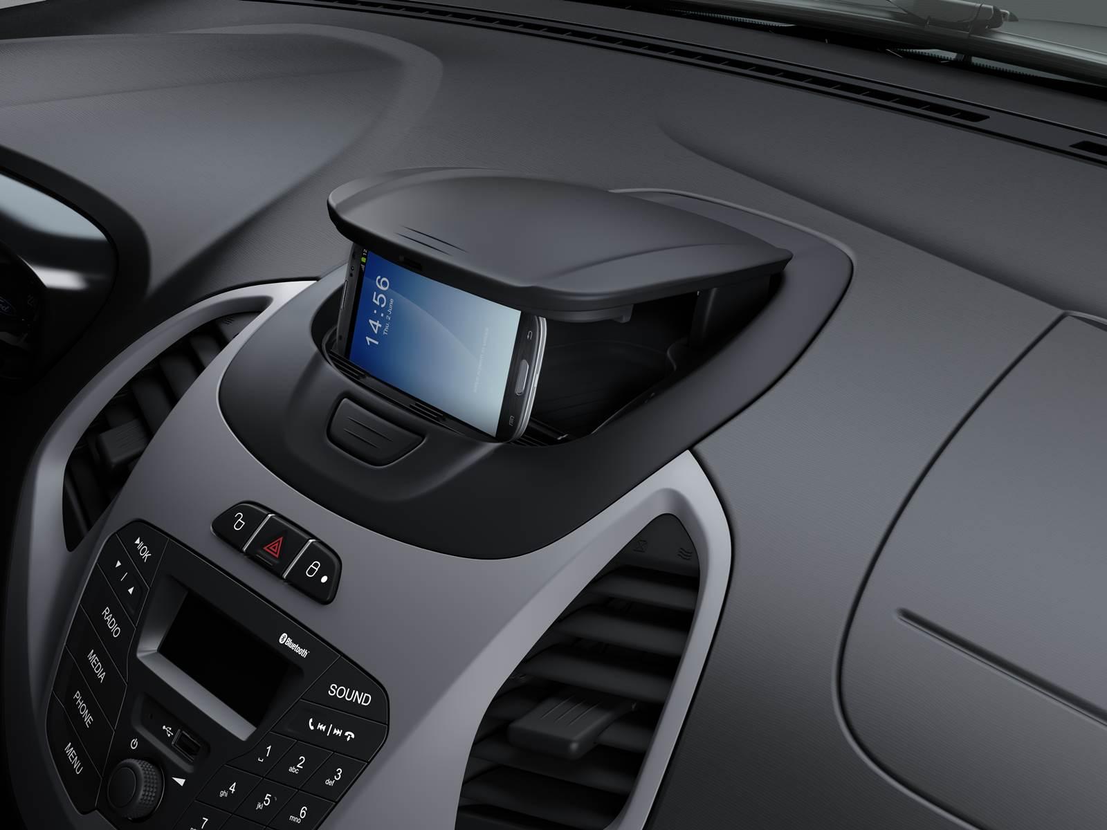 Novo Ford Ka 2015  - interior - Ford MyDock