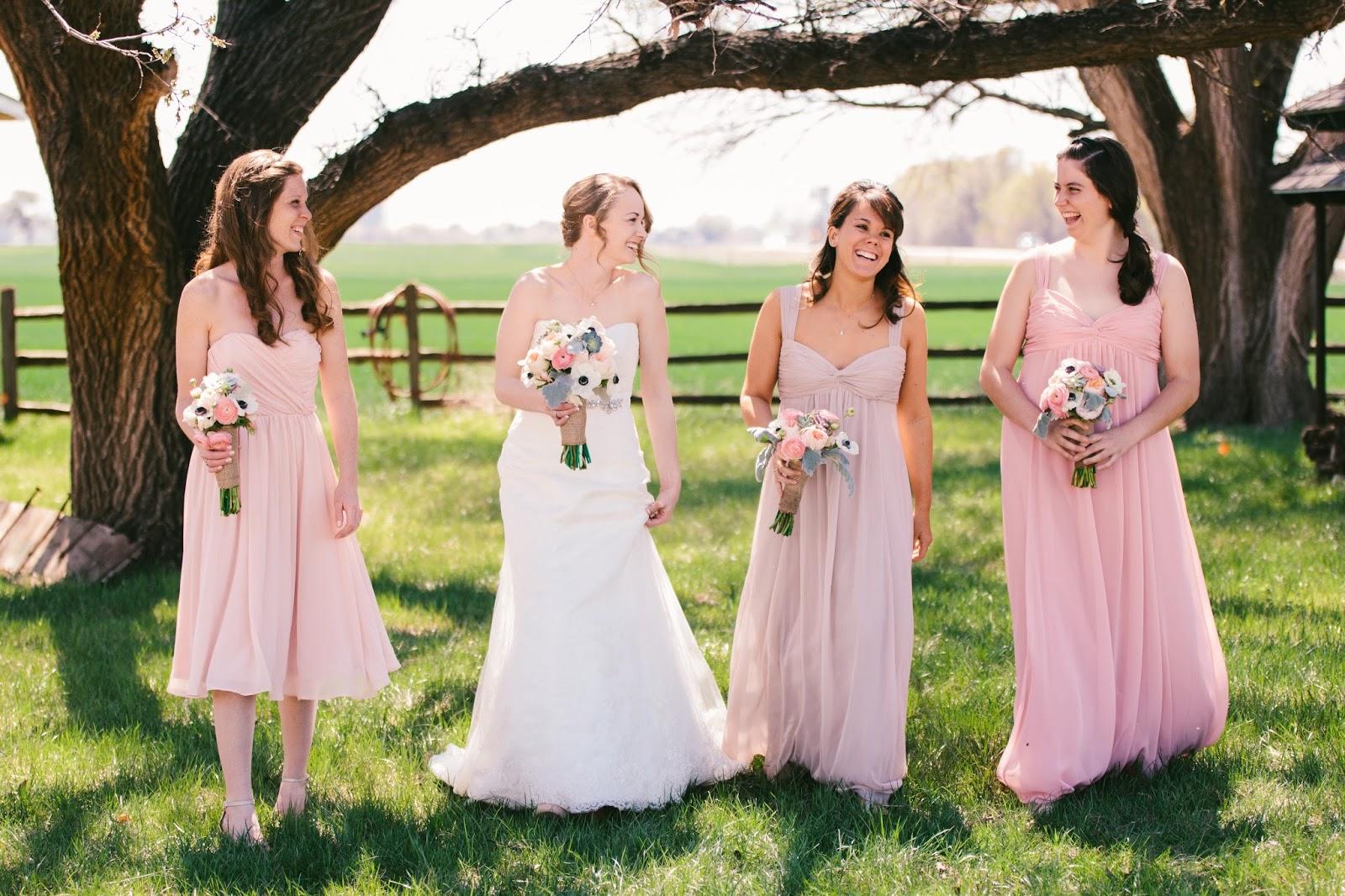 from britts eye view round barn wedding in pond creek