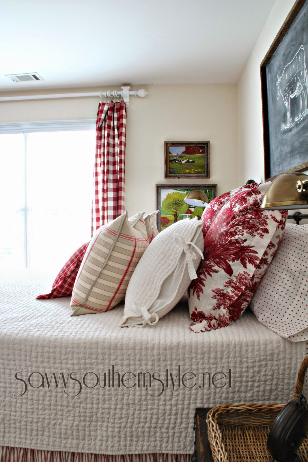 Mid Summer Farmhouse Style Guestroom 7242014 Savvy