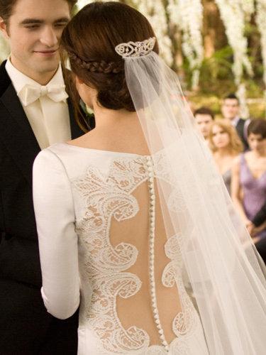 Twilight Saga Inspired Tattoos: BELLA\'S WEDDING DRESS