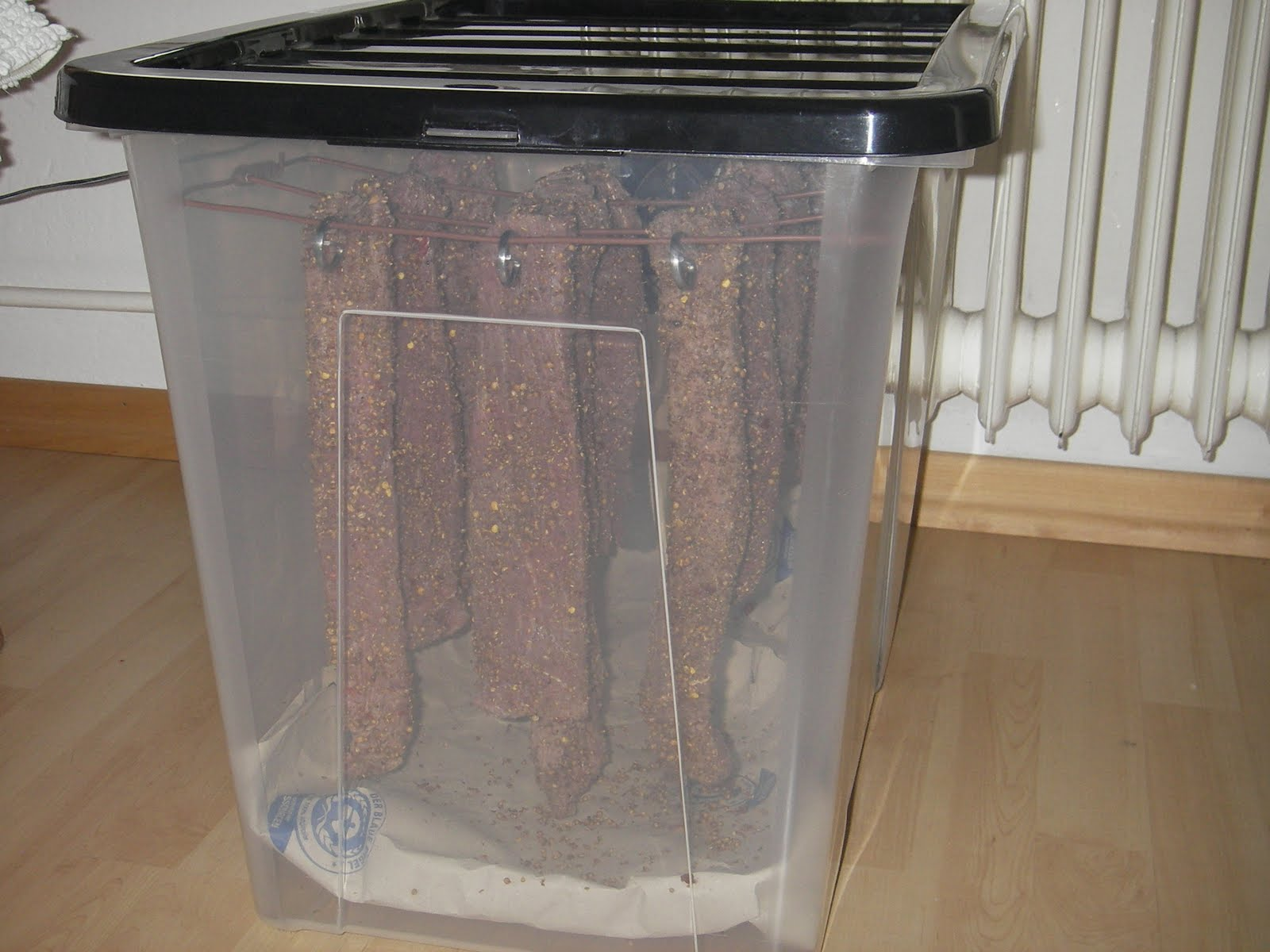 how to build a biltong drying box