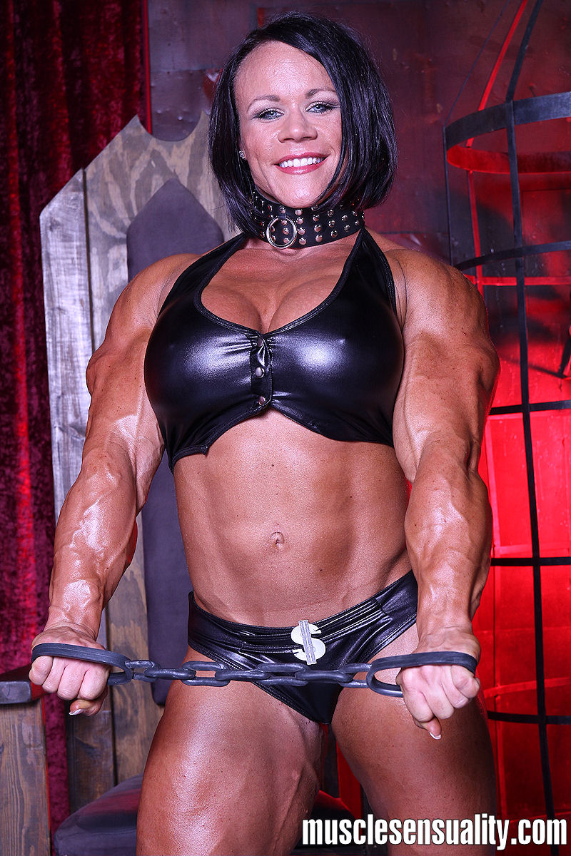 Muscle Dominatrix