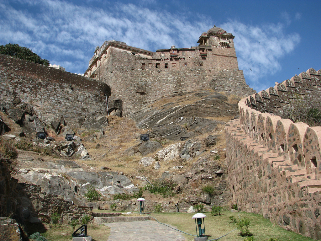 Kumbalgarh India  city photos : India Out Of This World: Kumbhalgarh: Second Longest Contiguous Wall ...