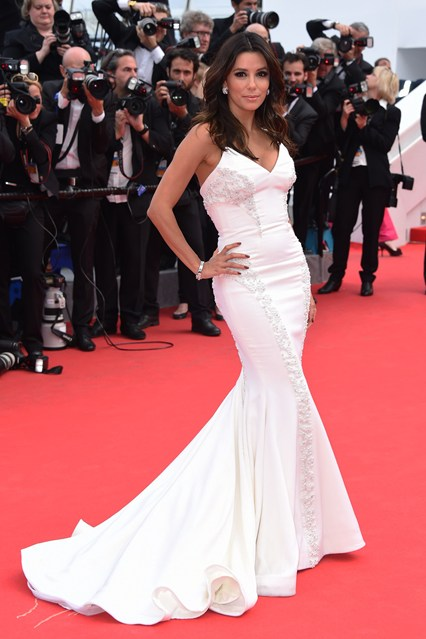 Eva Longoria in a custom-made Gabriela Cadena strapless silk crepe gown at Cannes 2014