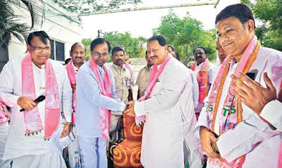 DS meets with CM KCR