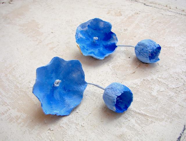 orecchini maxi fatti a mano modello ciliegia blu, acquerello