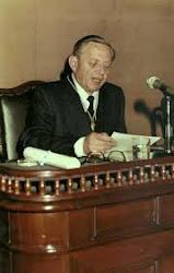 Erich W. Poenitz (1931-1996)