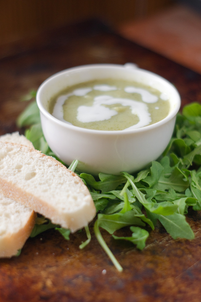 Creamy Arugula Soup | thumb in plum
