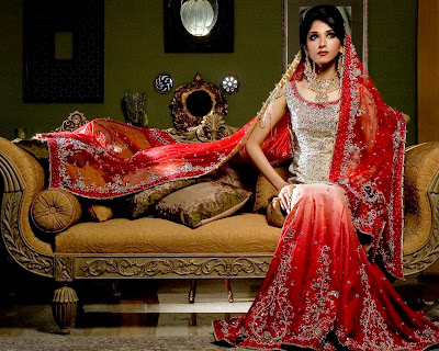 Customer made spaghetti straps empire chiffon satin sheath sweep train wedding cream wedding dress for brides