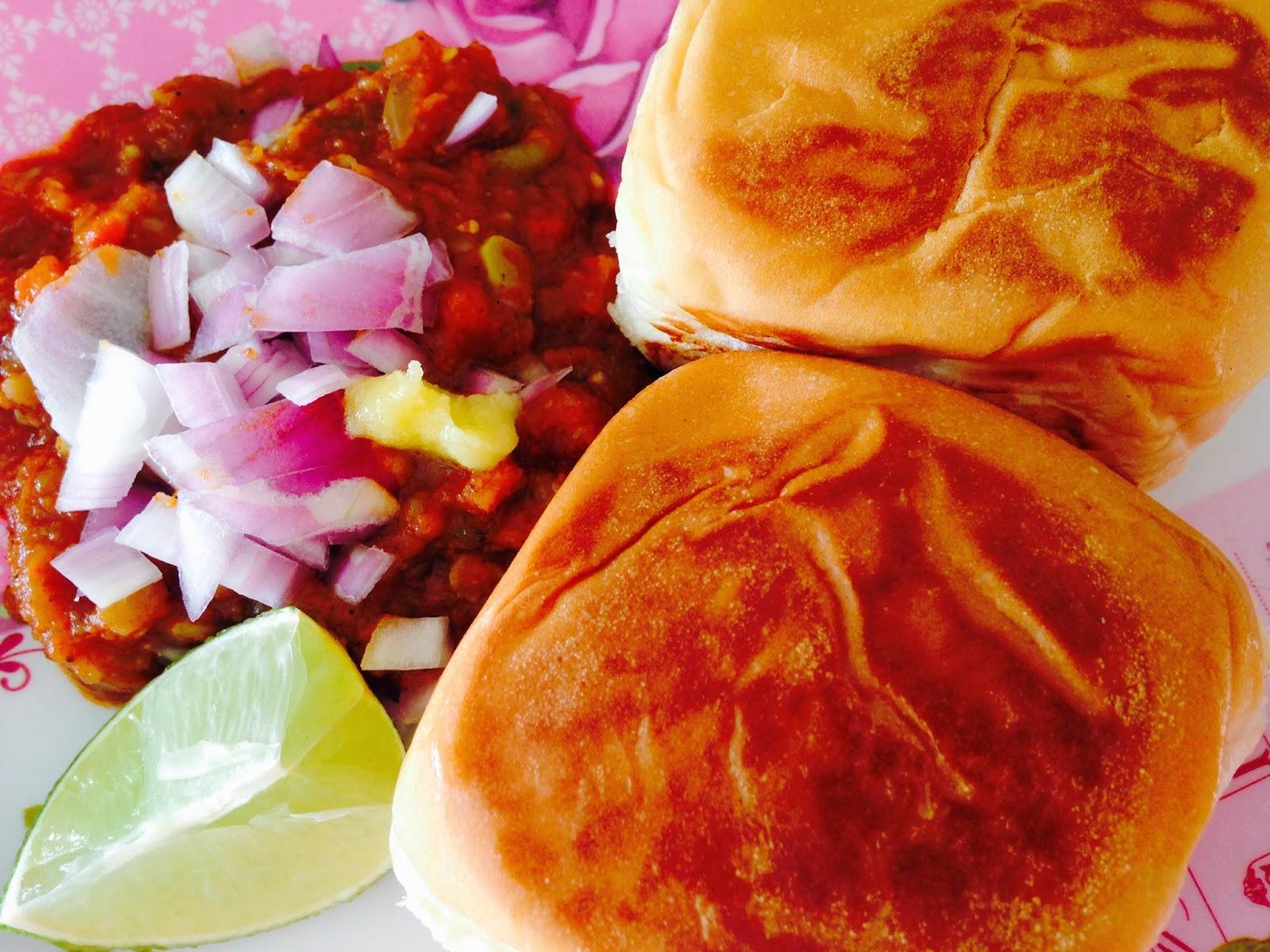 pav bhaji with gravy, onions, butter and lemon