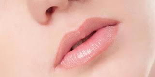Ramuan Alami Untuk Atasi Bibir Pecah-pecah