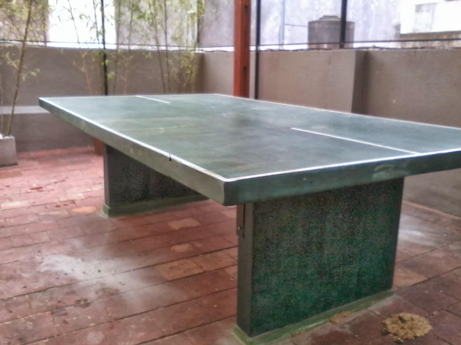 Muebles en cemento light estilo ribera mesa de ping for Mesas comedor colegio