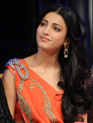 Hot Shruti Hassan