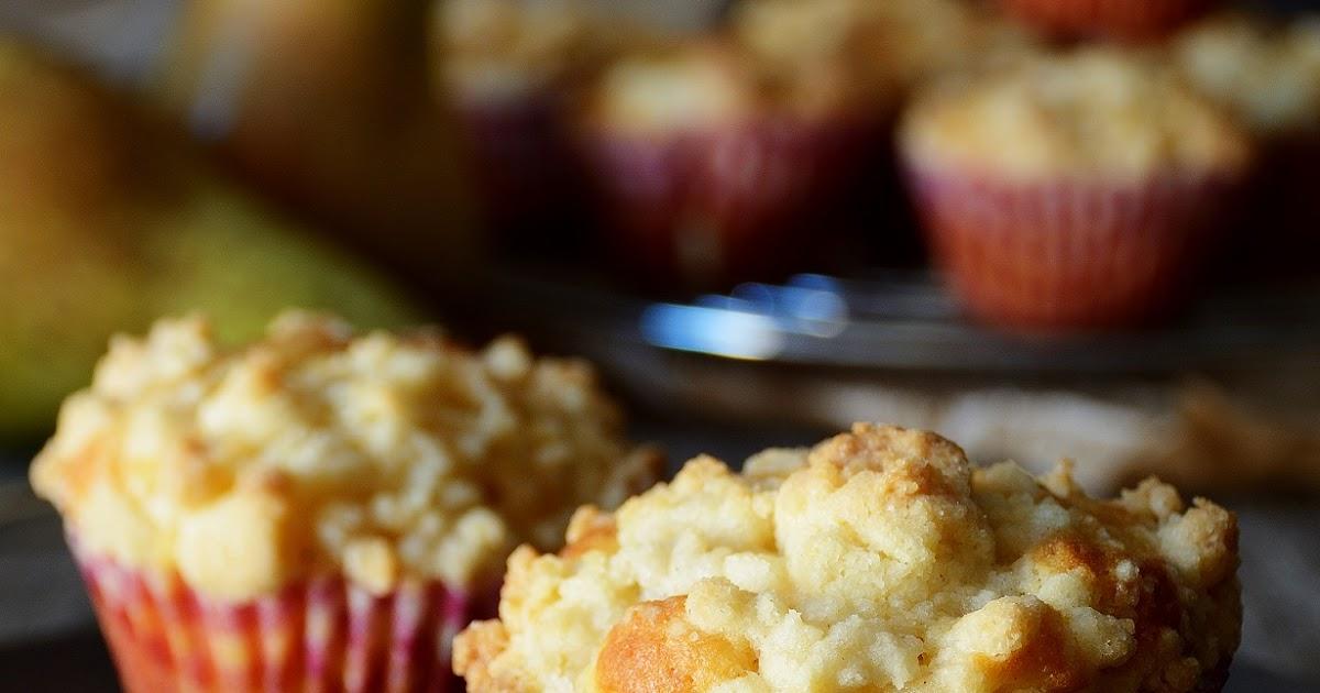 Birnen-Käsekuchenmuffins mit Vanille / Cheesecake muffins with pear and vanilla