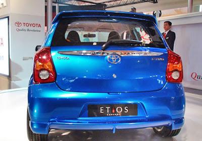 Toyota-Etios-Liva-Rear