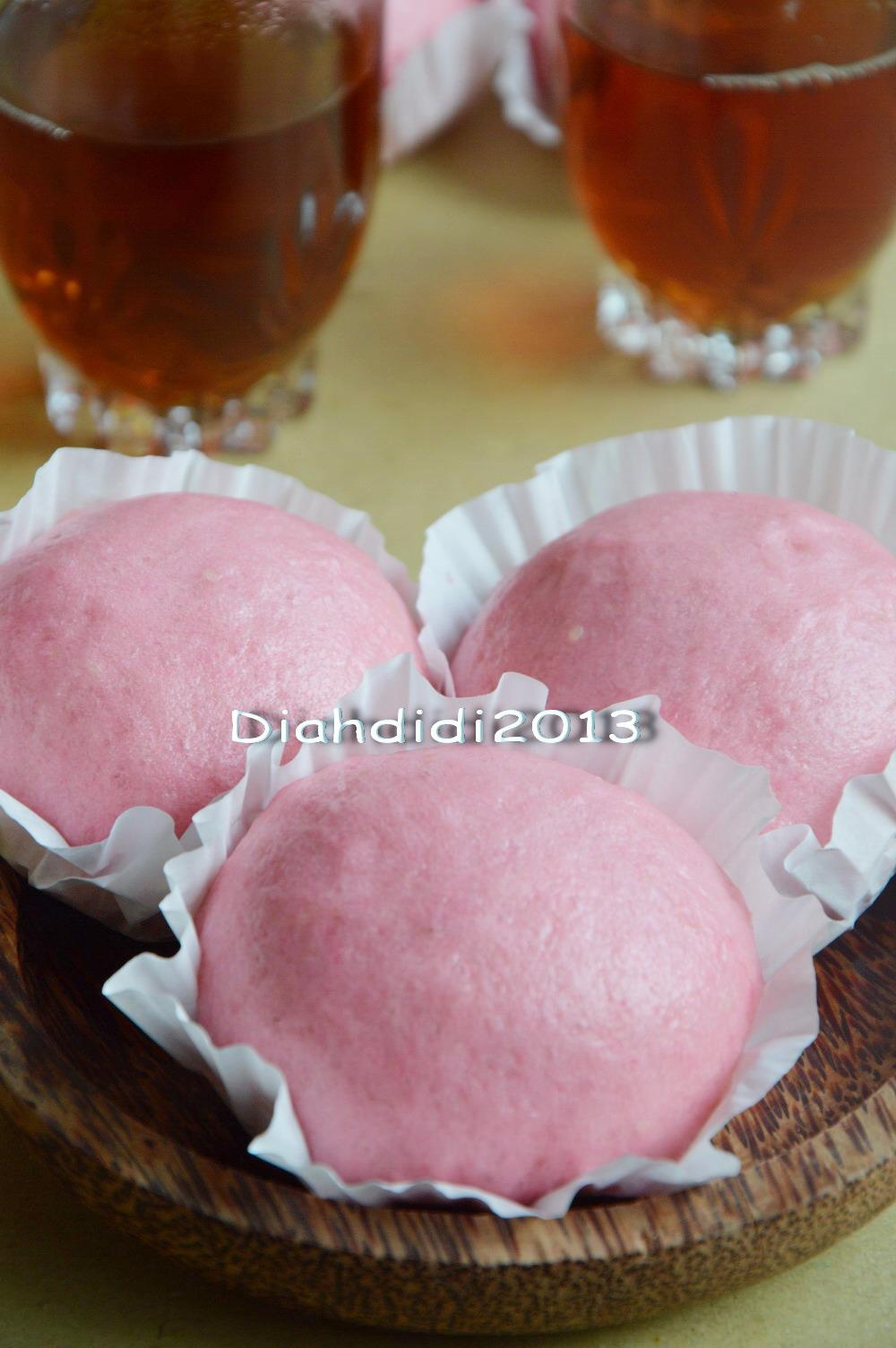 Resep kue kering mini isi selai strawberi untuk lebaran buku - Kue Ku ...