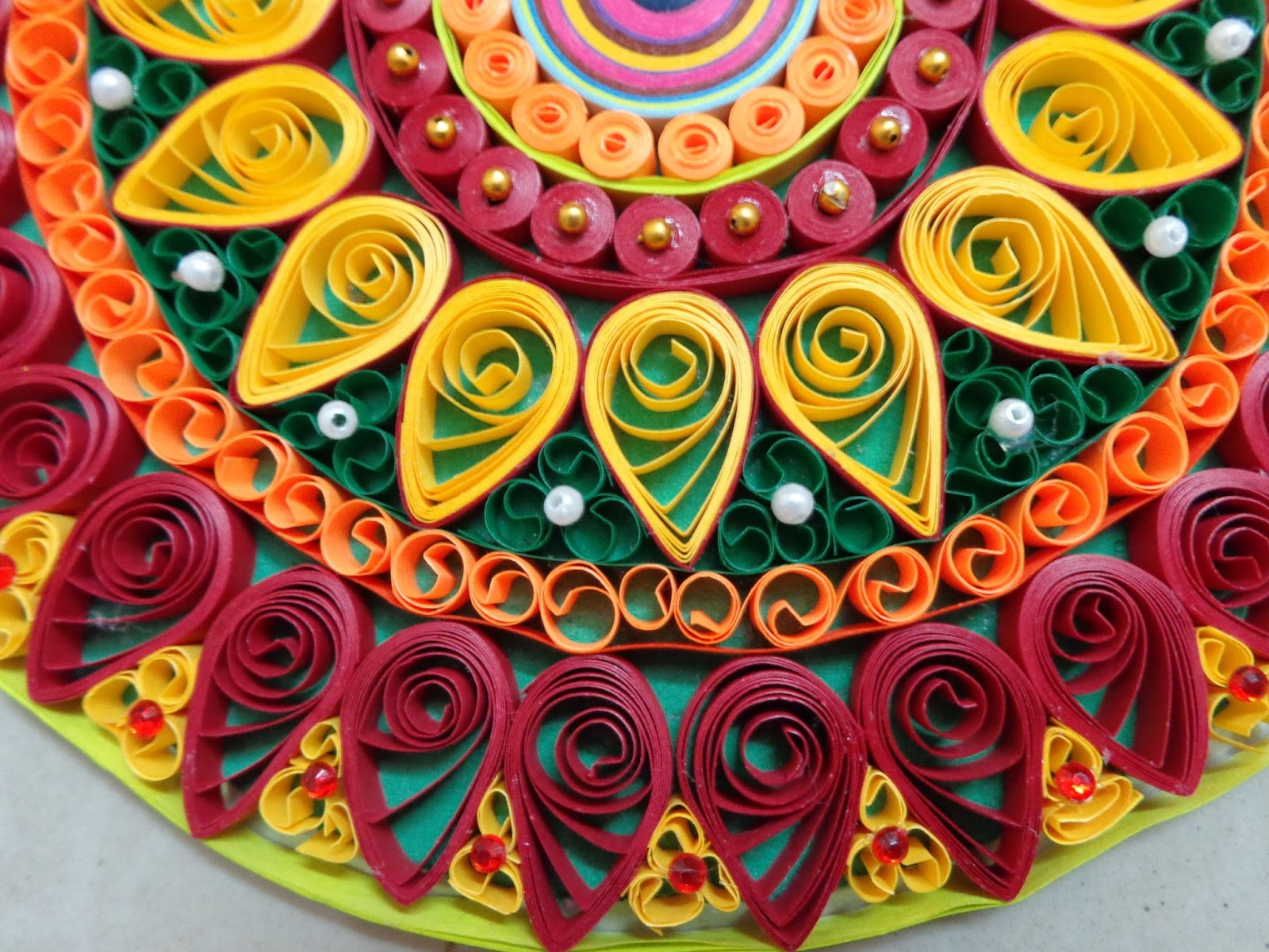 Diya decoration quilling for Decoration quilling