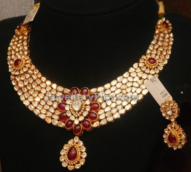 Floral polki and ruby necklace