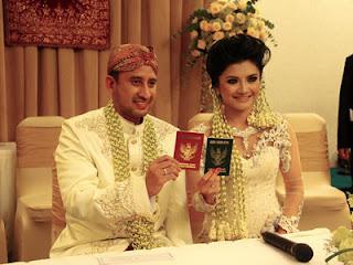 Foto pernikahan Tina Talisa