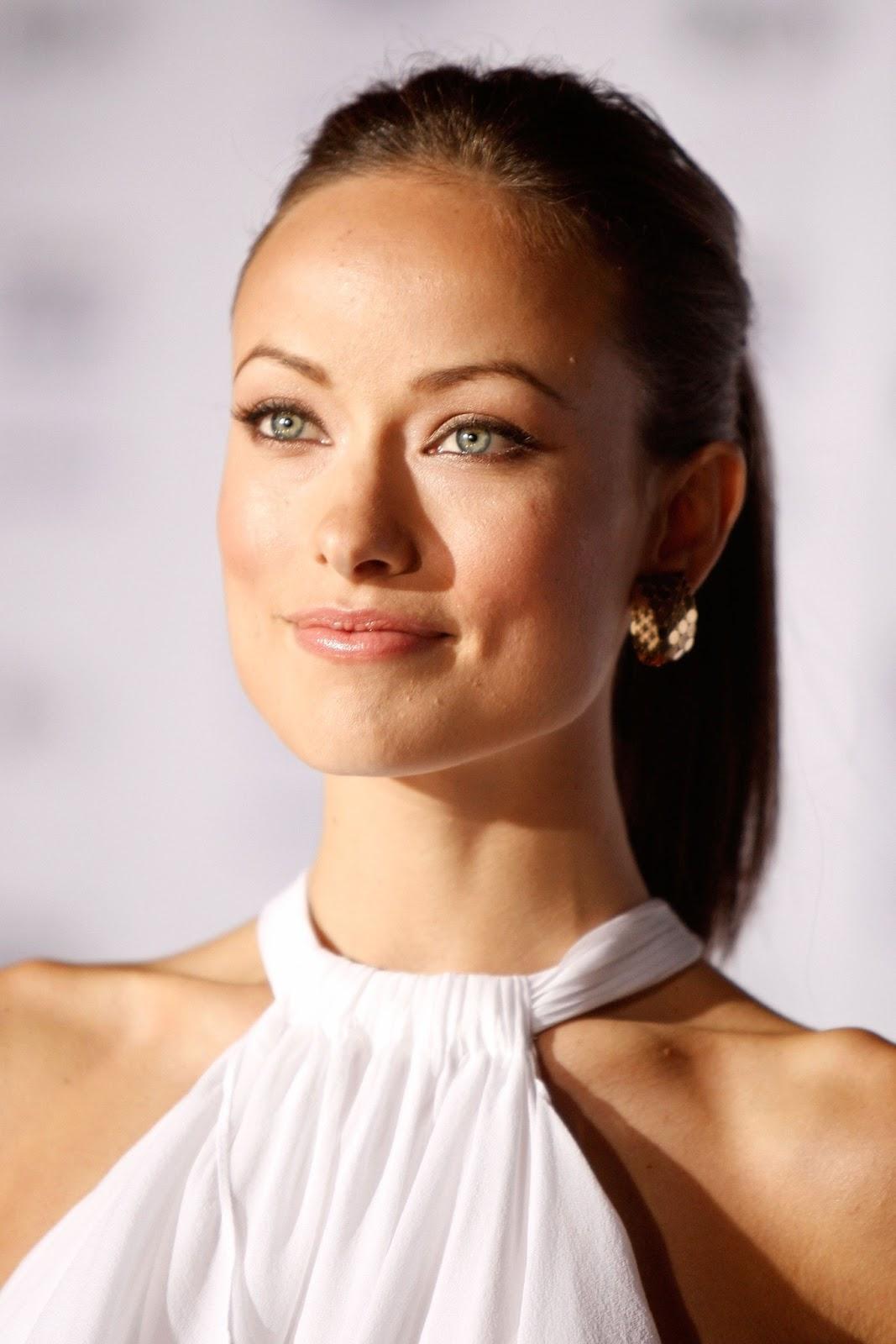 http://4.bp.blogspot.com/-93lSJNBagY0/UT5lc6l3vcI/AAAAAAAAIJA/JhHd-Avnwg0/s1600/Olivia+Wilde+hottest+woman+alive.jpg