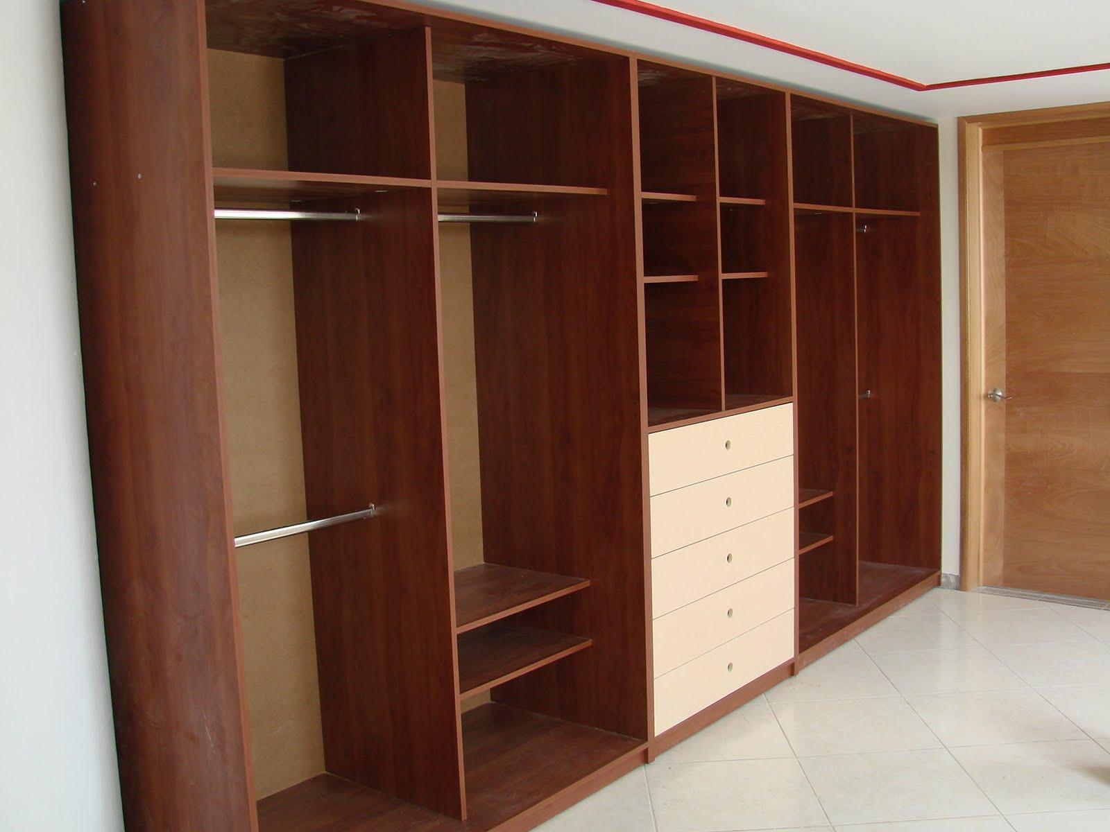 Cocinas integrales vestidores closets etc closets y for Closet en madera para habitaciones