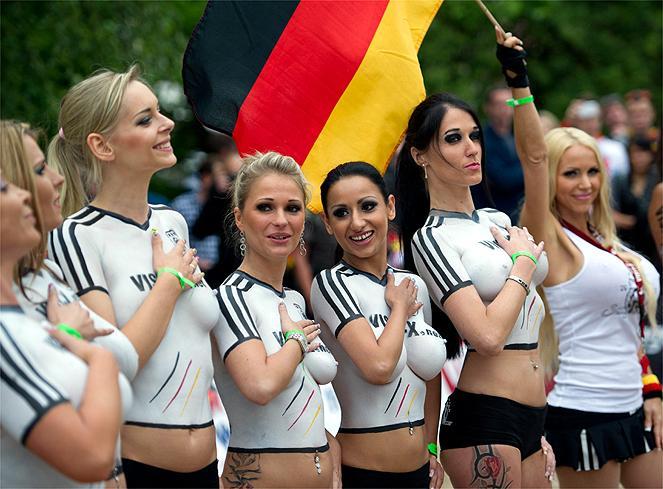 Partido Con Bodypainting En Eurocopa