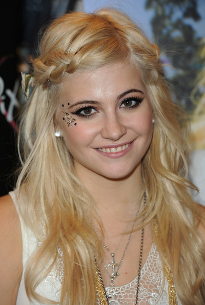 pixie lott broken arrow