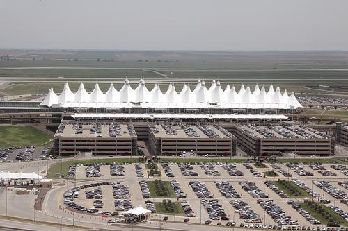 denver 8 Bandara Terindah Dunia