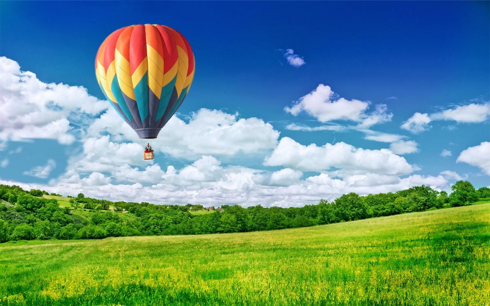 "<img src=""http://4.bp.blogspot.com/-94Uf420KYvU/Ut_r9E_ufeI/AAAAAAAAJvc/AYOyEP8bRJc/s1600/balloon-in-sky-.jpg"" alt=""ballon in sky"" />"