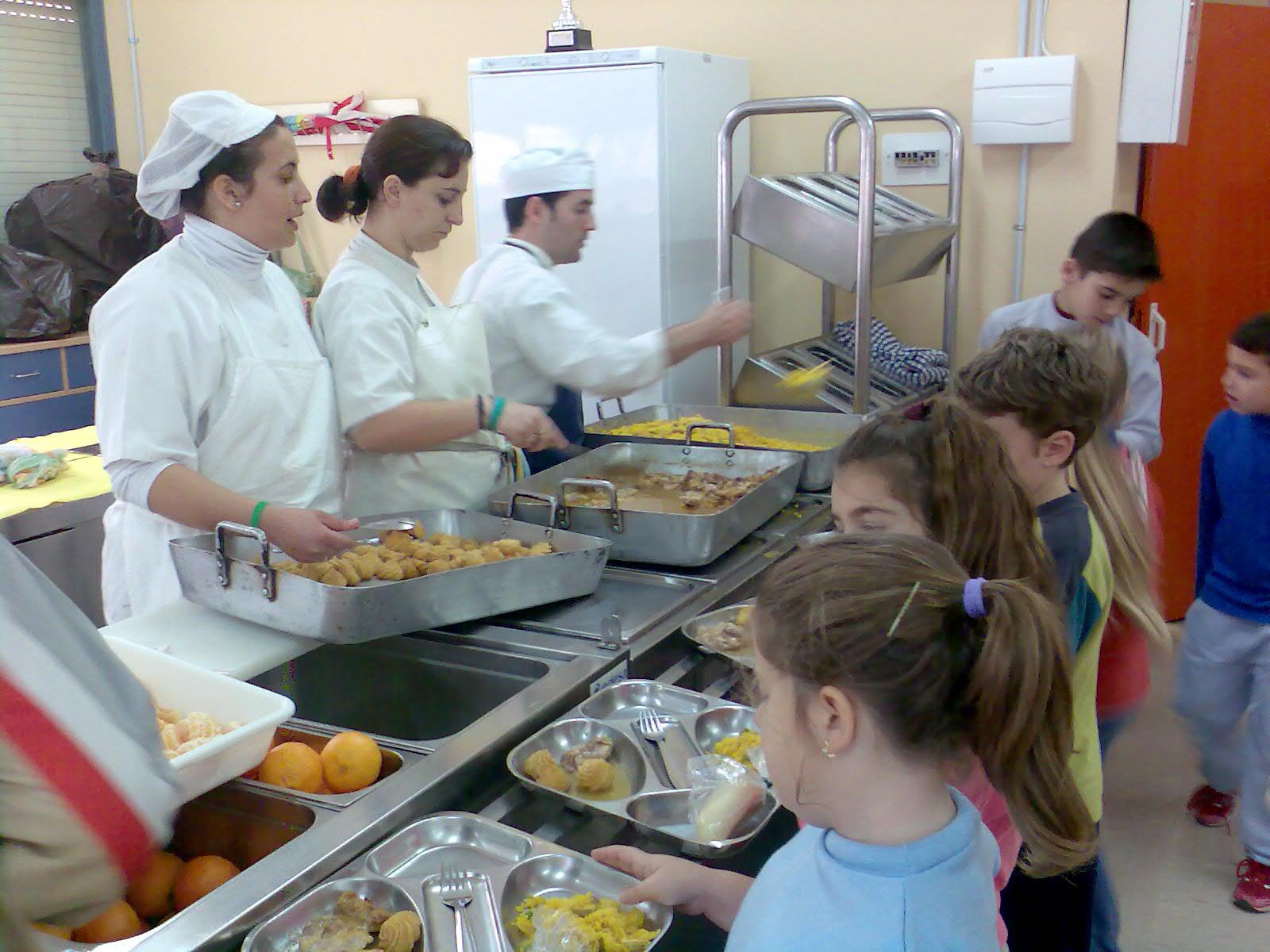 El blog de carlitos buenaventura becas de comedor escolar for Mesas comedor escolar