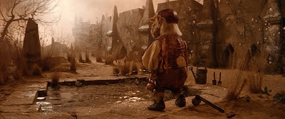 Hoggle Pissing in Labyrinth