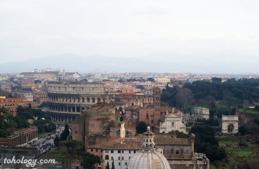 the Colosseum and The Imperial Fora Колизей и Императорские форумы в Риме