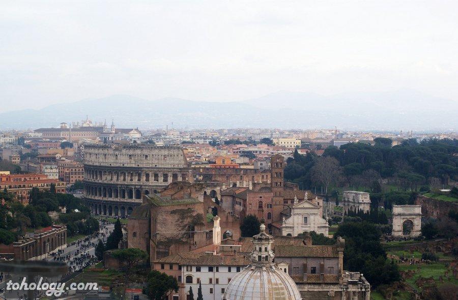 the Colosseum and The Imperial Fora Колизей и Императорские форумы в Риме