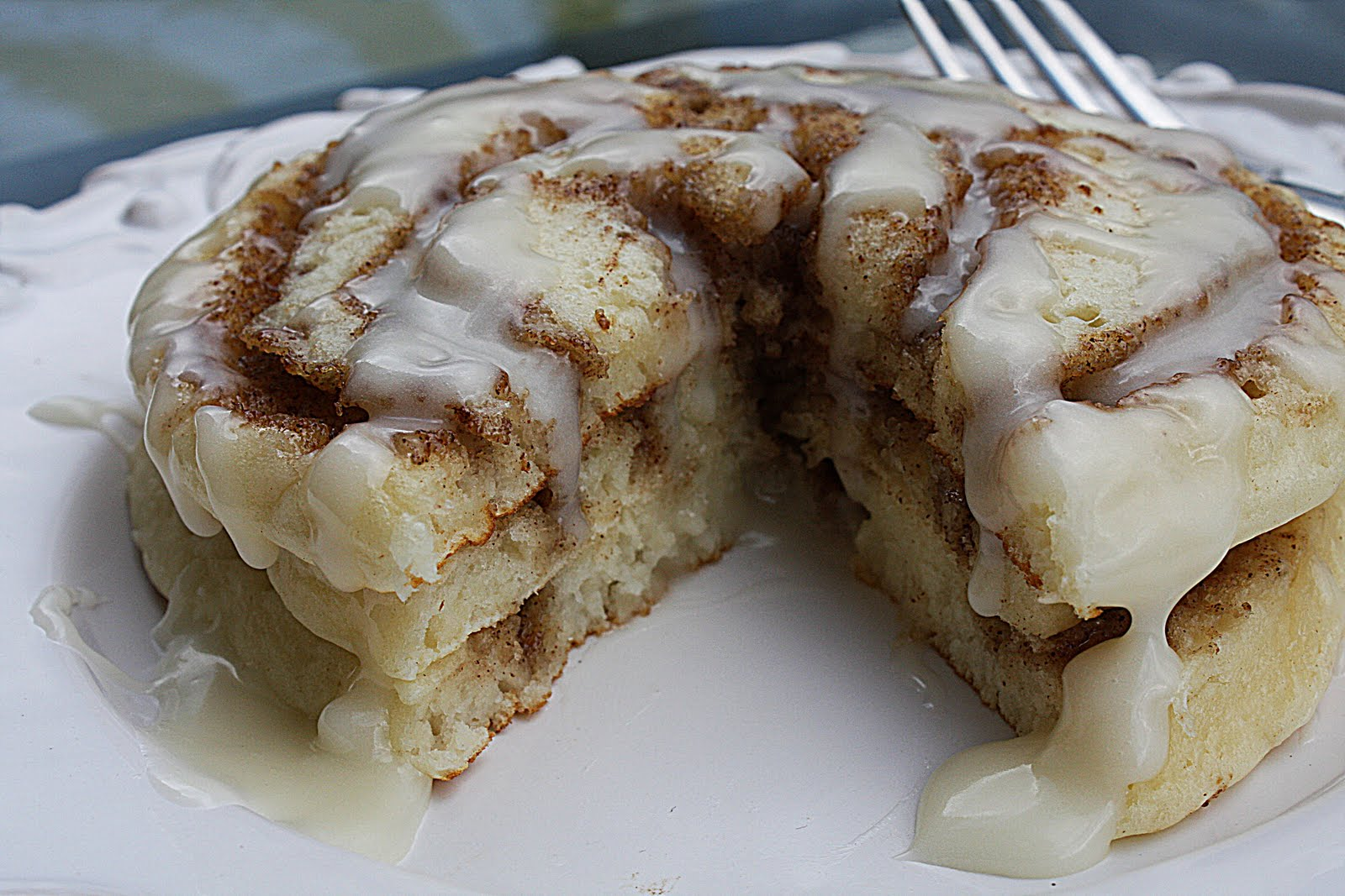 Now, back to these fabulous Cinnamon Roll Pancakes.