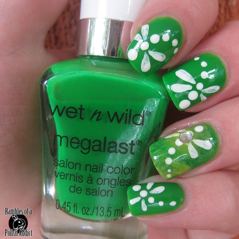 wet-n-wild-contact-high-dragonfly-nail-art