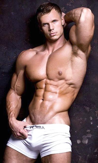 DAVID DUST: Featured Bodybuilder/Fitness Model - Steven Webb