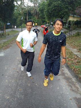 jom jom jom....jogging....