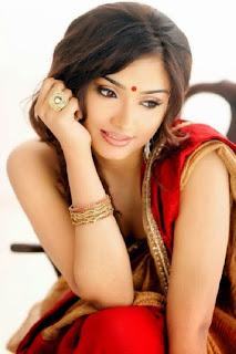Aishwarya Devan sexy