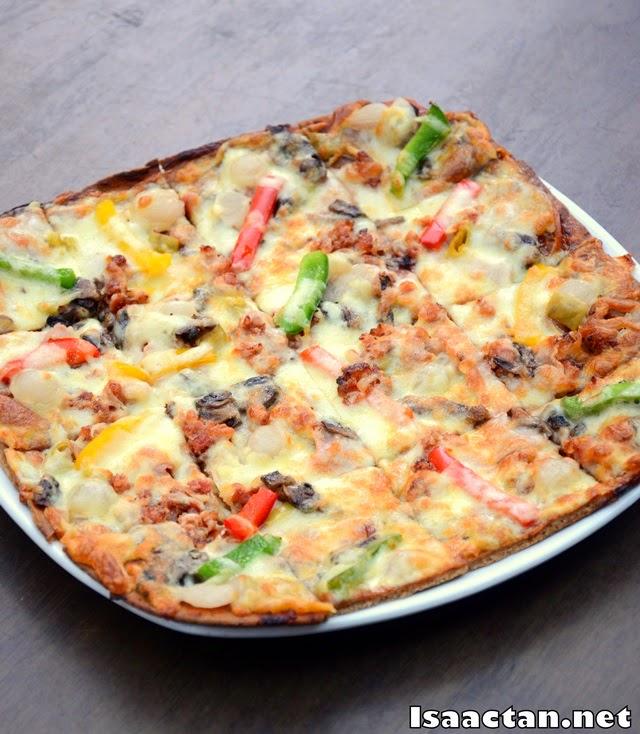 #3 Brotzeitflade Bayern (Ham Pizza) - RM32