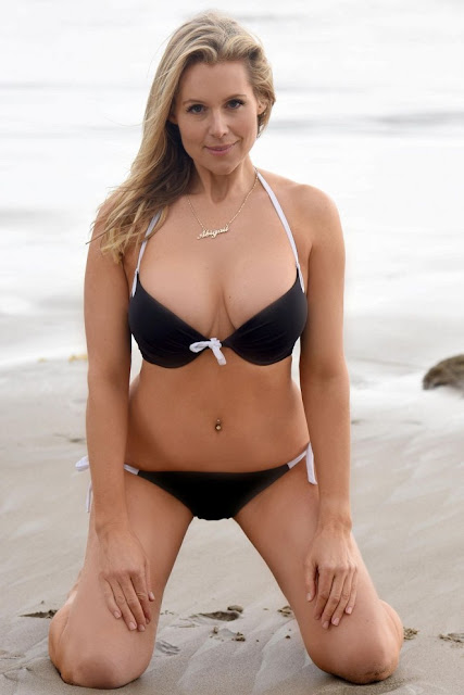 Abi Titmuss Hot in a Black bikini on Malibu beach