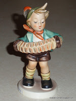 """Accordion Boy"" Hummel #185"