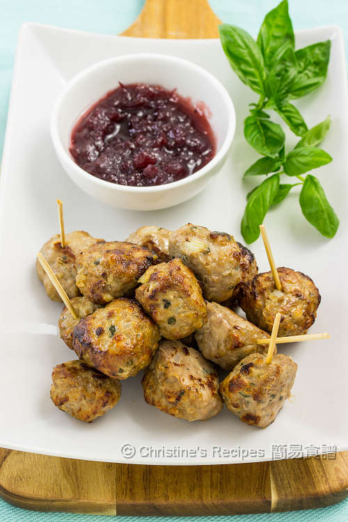 肉丸配蔓越莓醬 Meatballs with Cranberry Sauce01