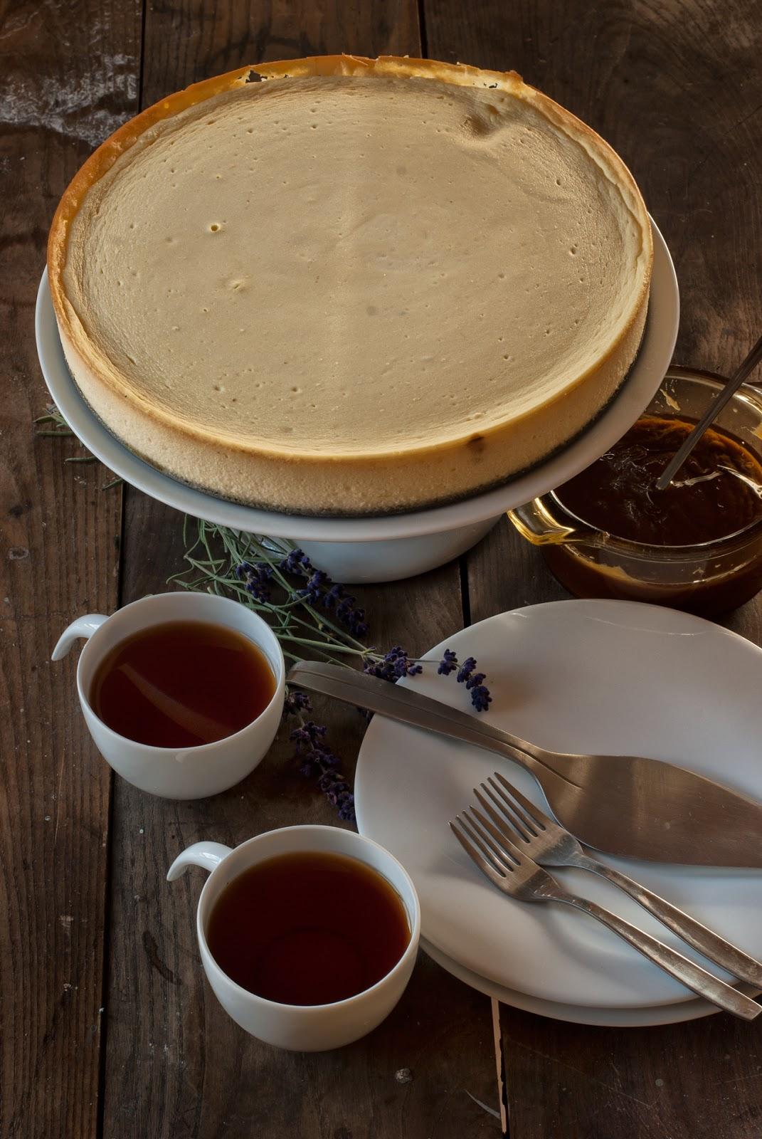Pieczony sernik z jogurtu greckiego