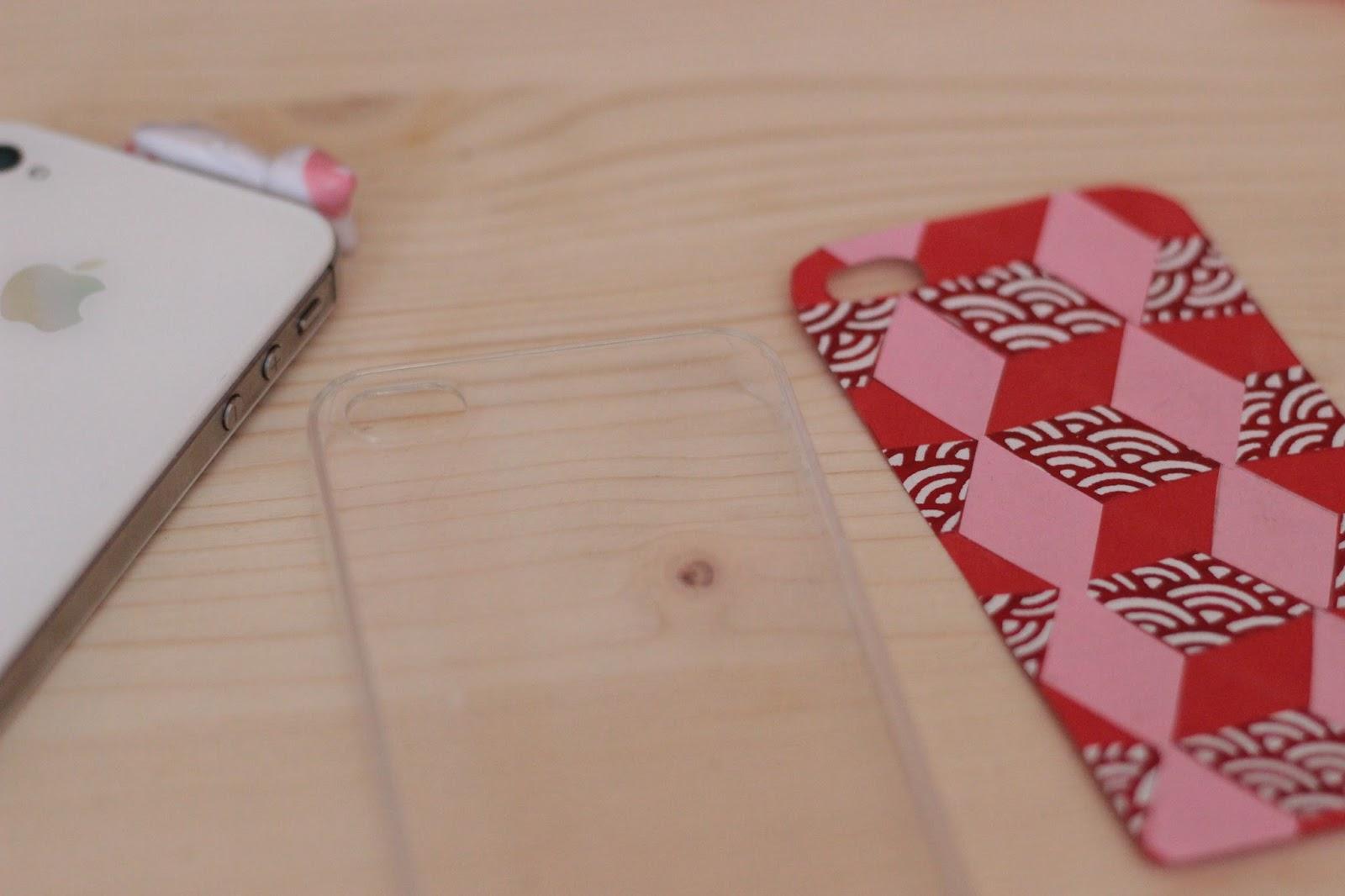 personnaliser sa coque de portable  diy papier