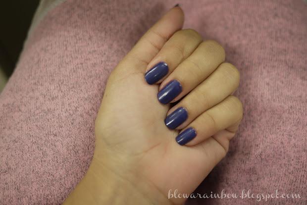 blow rainbow navy blue nails